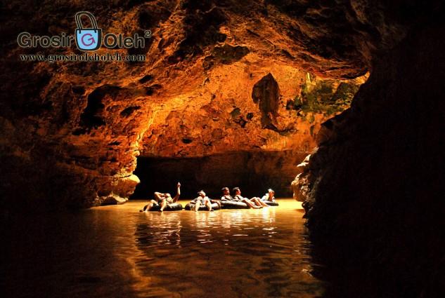 Cave Tubing Gua Pindul atau Goa Pindul Surganya Alam Wisata Goa di Gunungkidul