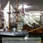 Kapal Layar Dewa Ruci, Miniatur Kapal Pesiar warna Putih