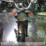 Miniatur Motor Honda CB Mirip Oleh Oleh Khas Yogyakarta terbuat dari Logam