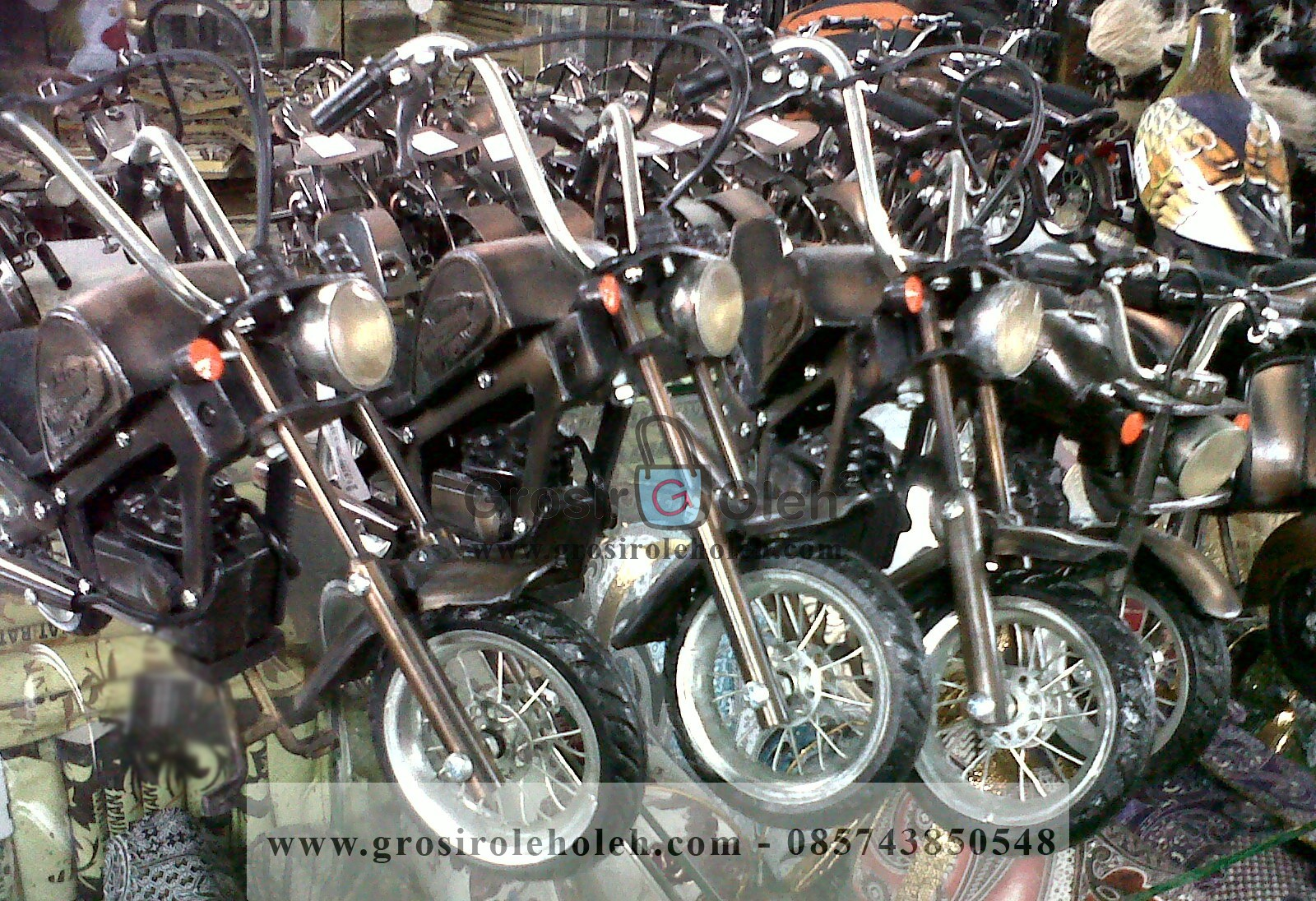 Miniatur Motor Harley Davidson Mirip dan Unik dari Logam ...