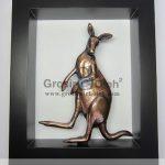 Frame Kanguru Unik, Mewah, Artistik, Antik, terbuat dari Besi Cor Tembaga dan Kuningan Cocok untuk Kado, Cindera Mata, Koleksi, Penghargaan, Dekorasi Rumah