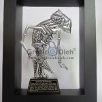 Frame Shinta Penuh Story, Antik, Artistik, terbuat dari Besi Cor Tembaga dan Kuningan Cocok untuk Kado, Cindera Mata, Koleksi, Penghargaan, Dekorasi Rumah