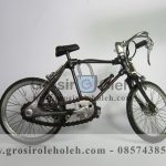 Miniatur Sepeda Balap Kecil Unik, Klasik, dan Antik Terbuat dari Bahan Besi Cor Tembaga dan Kuningan (2)