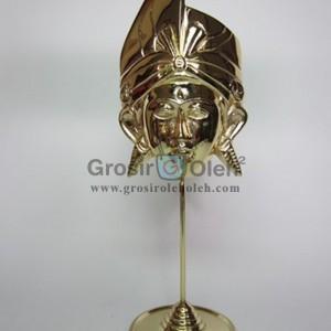 Stand Anak Putra Kecil Gold Antik, Artistik, terbuat dari Besi Cor Tembaga dan Kuningan Cocok untuk Kado, Cindera Mata, Koleksi, Penghargaan, Dekorasi Rumah