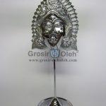 Stand Anak Putri Silver Antik, Artistik, terbuat dari Besi Cor Tembaga dan Kuningan Cocok untuk Kado, Cindera Mata, Koleksi, Penghargaan, Dekorasi Rumah