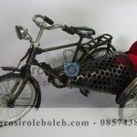 Miniatur Becak Thailand  Antik, Unik, Klasik Berbahan dari Besi Cor Tembaga dan Kuningan