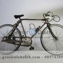 Miniatur Sepeda Balap Besar Unik, Klasik, dan Antik dari Bahan Besi Cor Tembaga dan Kuningan