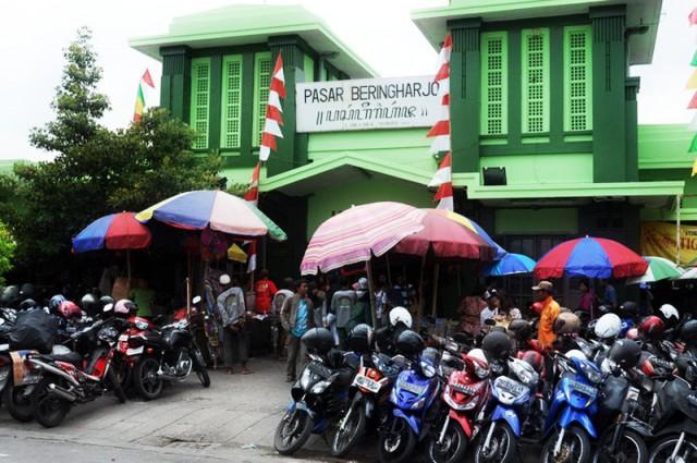 Belanja Murah Tapi Nggak Murahan di Pasar Beringharjo Yogyakarta
