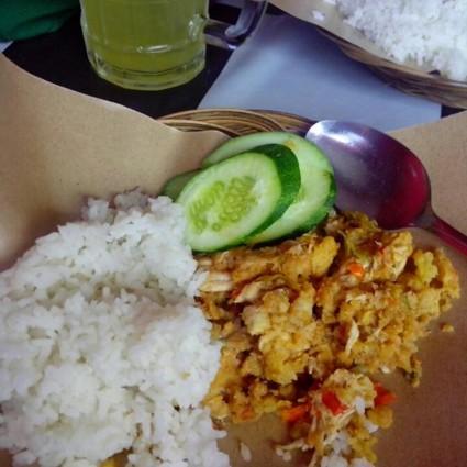 Kuliner Ayam Geprek Super Pedas Mbok Moro.jpg