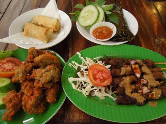 Menikmati Kuliner Aneka Masakan Jamur di Jejamuran