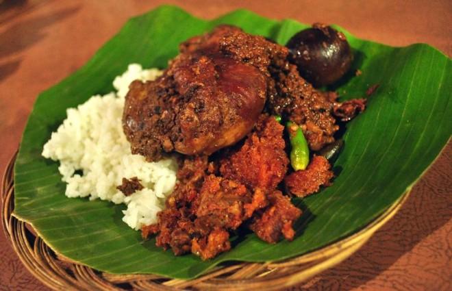 Nikmatnya Gudeg Yu Djum Yogyakarta
