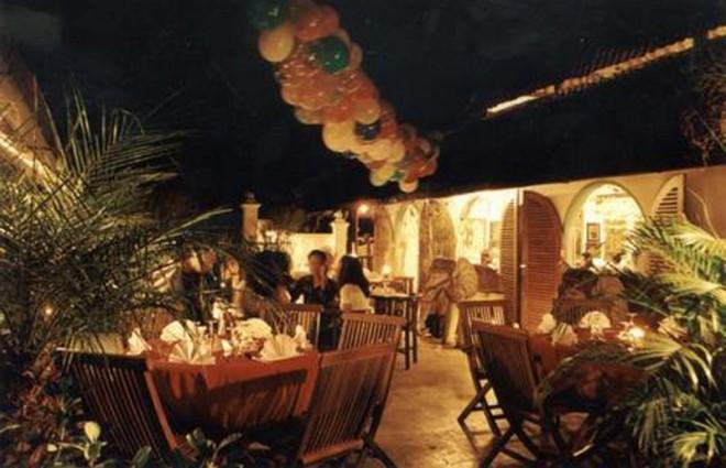 Tempat Makan Gadjah Wong Resto Jogjakarta