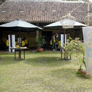 Sogan Village Rumah Makan di Pesedaan yang Sejuk