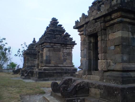 Wisata Ke Candi Ijo Yogyakarta