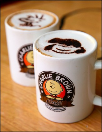 Tempat Nongkrong Asyik dan Romantis Charlie Brown Cafe