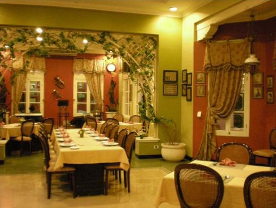 Tempat Nongrong Yang Romantis Pesta Keboen Restoran Semarang