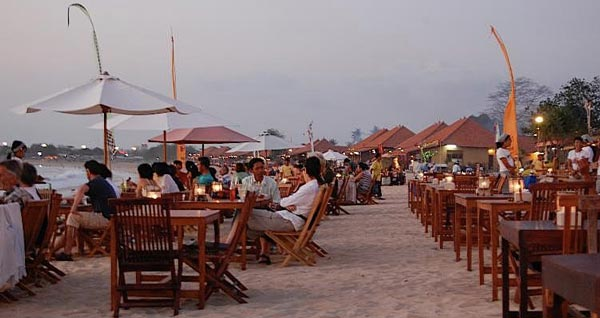 Tempat Wisata Di Pantai Jimbaran