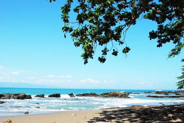 Wisata Alam Pantai Pelabuhan Ratu Jawa Barat